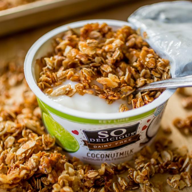 Honey Almond Vanilla Granola – Sprinkle Some Sugar